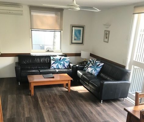 BH6 New Floor Tiles Living 2020