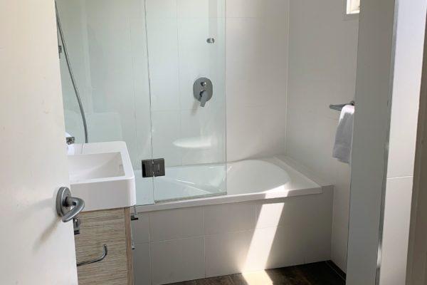 BH 20 Bathroom