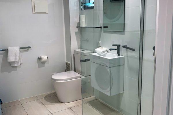 BH 21 Bathroom