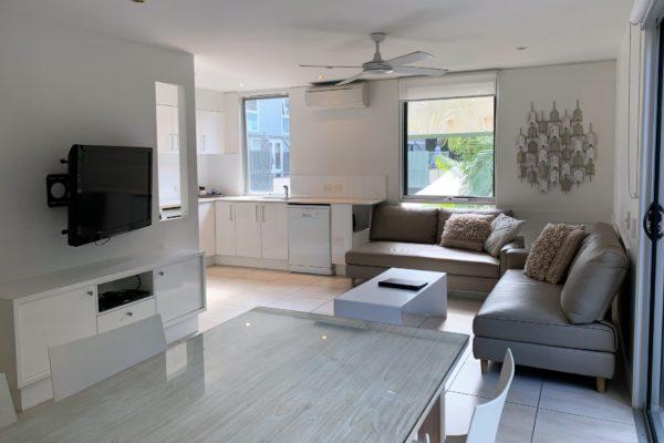 BH21 lounge